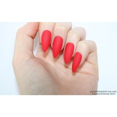 Matte yellow stiletto nails, Fake nail, Stiletto nail, Kylie jenner,... (€12) ❤ liked on Polyvore featuring beauty products, nail care, nail treatments and nails