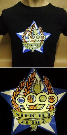 Camiseta STRICTLY ANTIFA. 9,90 euros. Muy pocas unidades disponibles. Pedidos: www.barrio-obrero.com