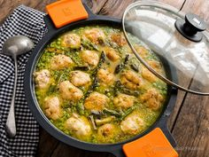 La cocina de Frabisa: Albóndigas de merluza fresca en salsa verde. Guiso a la antigua.