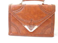 Ladies Tan Handbag New Designer Style Celebrity Shoulder and hand Bag (i2908)