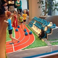 Our CEO Simon Grabowski's birthday cake. The gold goes to GetResponse!