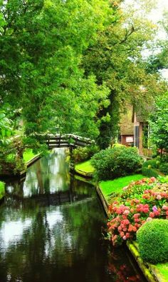 Giethoorn, Netherlands: This idyllic car-free village has no roads, and the only access is by water over the many beautiful canals or on foot over its wooden arch bridges. Float down the narrow canals, past thatched-roof farmhouses and cottages encircled by blooming gardens. Or return in the winter, when ice skaters glide on the frozen canals.