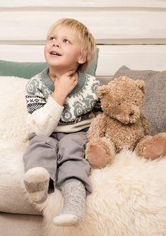 Ravelry: Traktorgenser pattern by Sandnes Garn Crochet Stitches, Ravelry, Teddy Bear, Animals, Babies Clothes, Patterns, Dots, Journals, Tractor