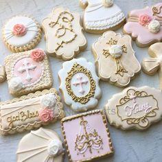 Cross Cookies, Fancy Cookies, Royal Icing Cookies, Sugar Cookies, Personalized Cookies, Custom Cookies, Baptism Cake Pops, Baby Baptism, Cameo Cookies