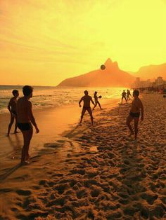 Late afternoon in Ipanema beach