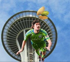 Guess where Roger is for a chance at two tickets to the Sounders FC game and free case of Wonderful Pistachios. Enter here: http://www.soundersfc.com/news/promotions/wonderful-pistachios.aspx