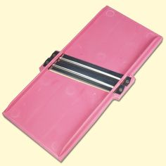 SHOP-PARADISE.COM:  Krauthobel mit zwei integrierten Messerklingen, pink, 31,5х16х3 cm 4,76 €