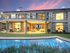 Ideal For A Large Family, This Houses 6 Bedrooms. Luxury Homes Of The World  · Luxury Homes Of South Africa