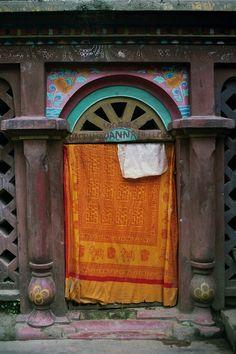 Door in Nepal·