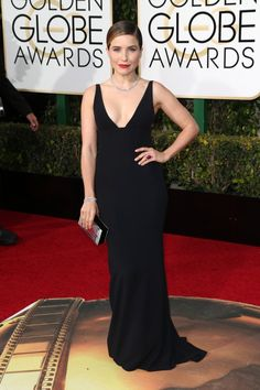 See All the Golden Globes 2016 Red Carpet Photos! - Sophia Bush - FLARE