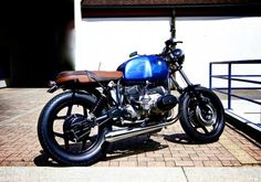 Alain's BMW R80 4 - love the colors