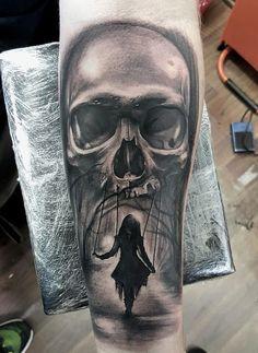 skull-tattoos-by-luke-sayer #harleydavidsongirlstattoos