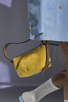Fashion Bags, Fashion Show, Milan Fashion, Fashion Design, Fab Bag, Fashion Forecasting, Unique Crochet, Fendi Bags, Wardrobe Basics