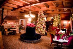 It's a Grand Holiday Experience within Tippecanoe Place Restaurant in downtown South Bend, IN