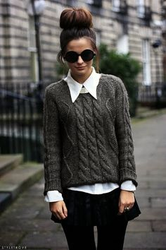 #FallStreetstyle | Preppy sexy with a knit sweater over a blouse, a miniskirt & opaque tights