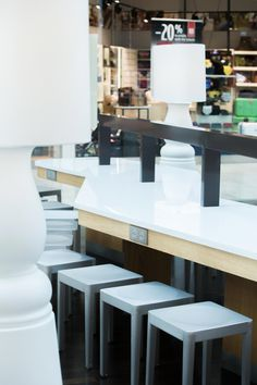 Furn2.1 Centre, Retail, Desk, Architecture, Furniture, Home Decor, Arquitetura, Desktop, Decoration Home