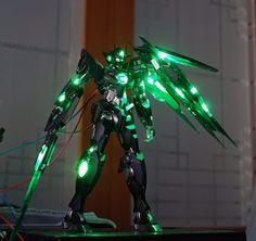MG 1/100 00 Qan[T] - Painted Build w/ LEDs
