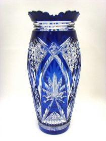 Salle des ventes ABC : CRISTAL VAL ST LAMBERT Vase en cristal taillé et doublé bleu du Val St Lambert, Modèle ANDOVER période 1900-1910, qualité de premier choix, hauteur de 30,3 cm