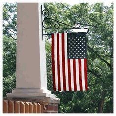 for the front porch - nice way to display flag