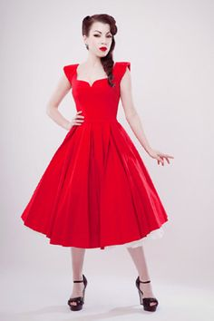 Gorgeous red pd-belle dress from Fairy Goth Mother.     http://www.fairygothmother.co.uk/pd-belle.htm