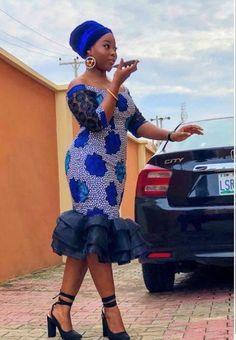 15 robes midi des plus belles de 2019 African Lace Styles, Latest African Fashion Dresses, African Dresses For Women, African Print Fashion, African Attire, African Traditional Dresses, Robes Midi, Kitenge, Touch
