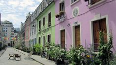 This small pedestrian street is located in the 12th arrondissement. With its colorful houses and village vibe, it is the ideal retreat from all of Paris' craziness.