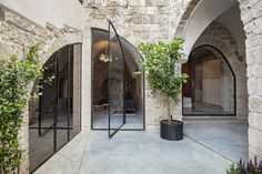 Image 2 of 71 from gallery of Old Jaffa House 4 / Pitsou Kedem Architects. Photograph by Amit Geron Old Jaffa, Pitsou Kedem, Types Of Doors, Modern Architecture, Nature, Restoration, Beautiful Pictures, House Design, Gallery