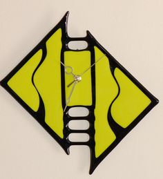 Fused Glass Clock - I'd like to make a similar clock, but with a blue swirly glass instead of that rather sickly greenish color.