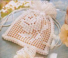 Patrón #832: Bolsita a crochet #ctejidas http://blgs.co/r6W9a3