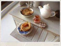 American Pancakes Breakfast  Dollhouse by 2smartminiatures on Etsy, €22.00