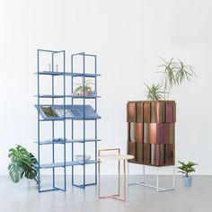 Jeune designer suédoise, Anny Wang a imaginé une série de trois meubles tout en couleur et en reflets pour certains. Le métal s'associe au bois pour une création tout en douceur au service d'une atmosphère légère et entrainante. ...