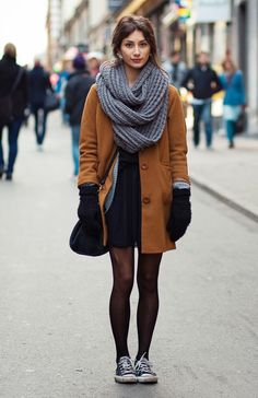 The Outfit // Thick Oversized Chunky Scarf + Camel Brown Coat + Cardigan + Black Dress + Sheer Black Tights + Oxfords. Street Style Inspiration, Mode Inspiration, Color Inspiration, Cool Winter, Winter Looks, Winter Ideas, Fall Looks, Fall Winter Outfits, Autumn Winter Fashion