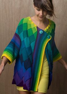 Fuente: http://stitch-please.tumblr.com/post/44761509960/makinology-just-wow-knit-art-deco-cardigan