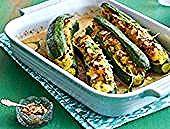 Gefüllte Zucchini mit Kartoffel-Knoblauch-Püree Rezept | LECKER  Das Rezept für Gefüllte Zucchini mit Kartoffel-Knoblauch-Püree und weitere kostenlose Rezepte auf LECKER.de    This image has get 3247 repins.    Author: Georg Mrotzek #Gefüllte #KartoffelKnoblauchPüree #LECKER #mit #Rezept #Zucchini Zucchini Puffer, Vegetables, Food, Escargot Recipe, Potato Puffs, Delicious Dishes, Garlic, Easy Meals, Meal