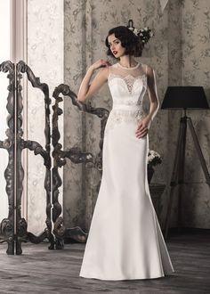 Elegant White/Ivory Mermaid Designer Wedding Dress that