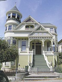 my dream home is definitely Victorian! Victorian Architecture, Beautiful Architecture, Beautiful Buildings, Architecture Details, Beautiful Homes, House Architecture, Style At Home, Victorian Style Homes, Victorian Houses