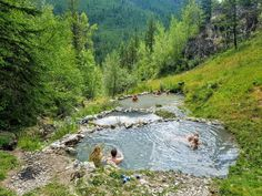 How to Get to Ram Creek Hot Springs: Hiking to Natural Rock Pools - Chris Knudsen - Nature travel Banff National Park, National Parks, Gros Morne, Canada Travel, Columbia Travel, British Columbia, Rock Pools, Travel Oklahoma, Canadian Rockies