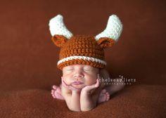 Texas Longhorn newborn portraits, Bevo baby hat, UT baby photos, Texas Exes, longhorn baby photo, Chelsea Lietz Photography