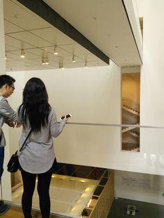 NY/MOMA。垣間見るためのすき間。9/24/2014