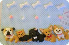 Casinha de Pano: Móbiles de cachorrinhos