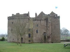 Huntingtower Castle and courtyard