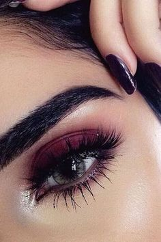 Burgundy Eyeshadow Looks