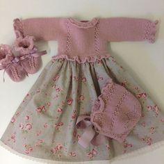Knitting Pattern Baby Wool Cardigan Instructions in English Baby Knitting Patterns, Baby Hats Knitting, Baby Patterns, Denim Bag Patterns, Kids Hats, Baby Dress, Crochet Baby, Mantel, Kids Fashion