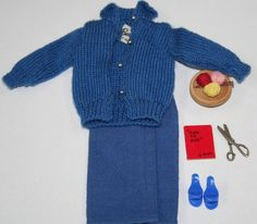 Vintage Barbie Knitting Pretty BLUE VERSION 174.00