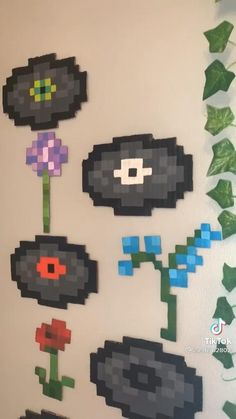 Diy Minecraft Decorations, Minecraft Room Decor, Cute Minecraft Houses, Minecraft Bedroom, Minecraft Art, Minecraft Creations, Minecraft Designs, Minecraft Crafts, Minecraft Tattoo
