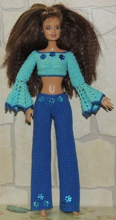 Knitting Dolls Clothes, Crochet Barbie Clothes, Baby Doll Clothes, Doll Clothes Patterns, Crochet Barbie Patterns, Accessoires Barbie, Barbie Miss, Crochet Skirts, Boho Summer Dresses