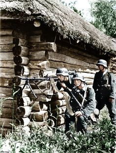 German MG34 gunner crew in action Ostfront.Rogatchev, Belarus, 1941.