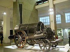 """#LOCOMOTIVA ROCKET;Attualmente al museo delle scienze a Londra, fu una tra le prime locomotive a vapore,considerate """"moderne"""" progettata e costruita da George e Robert Stephenson nel 1829.La Rocket usava una caldaia multitubolare, che dava un trasferimento del calore efficace, mentre le precedenti caldaie erano formate da un unico tubo immerso nell'acqua. Per la prima volta, si usava anche un blastpipe, che creava un vuoto parziale e risucchiava aria (per la combustione) all'interno del…"""