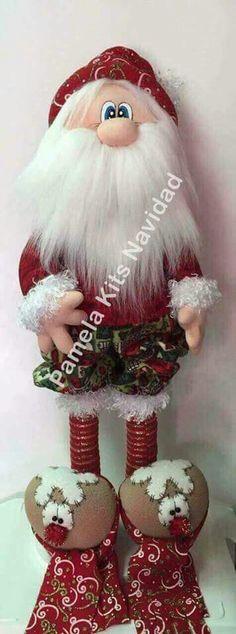 Santa Christmas Fabric, Christmas Ornaments, Fabric Decor, 4th Of July Wreath, Diy And Crafts, Alice, Santa, Wreaths, Dolls