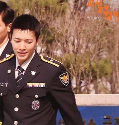 Resultado de imagen para donghae police